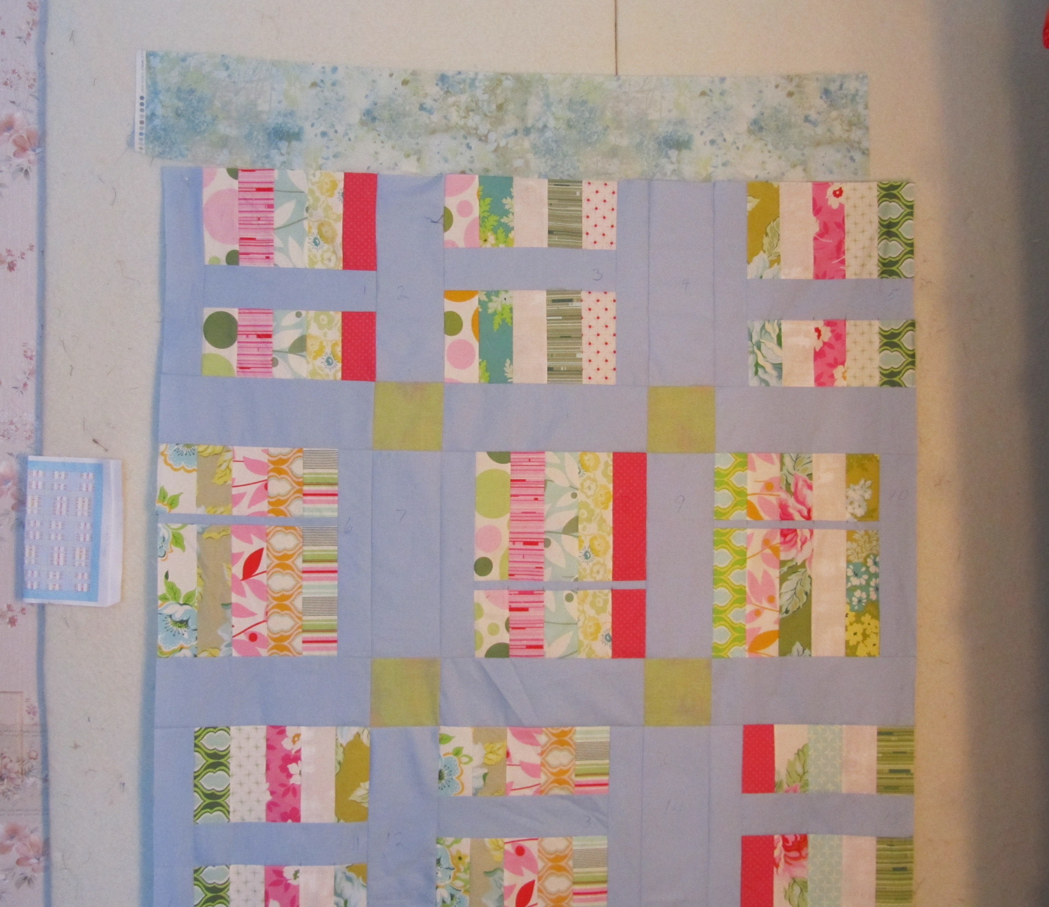 Design Wall Monday My Bed Quilt Top Evening In The